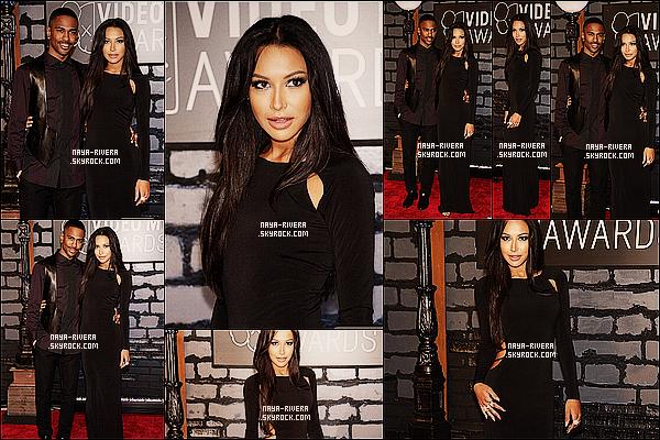 * 25/08/13 : Naya était présente au    Video Music Awards 2013  en compagnie de Big Sean  situé a  Los Angeles. *