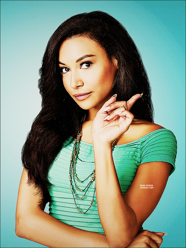 *  Photo promotionnel de    Naya  provenant du photoshoot de la saison 5 de Glee. *
