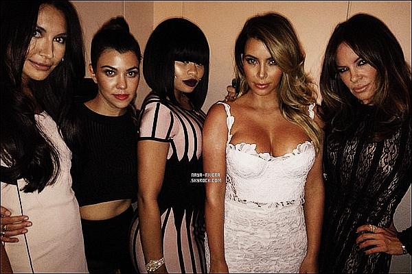 * 25/10/13 : Naya  était présente lors de la soirée de  l'anniversaire de    Kim Kardashian  situé   a  Las Vegas. *