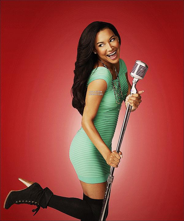 *  Photo promotionnel de    Naya  provenant du photoshoot de la saison 5 de Glee. *
