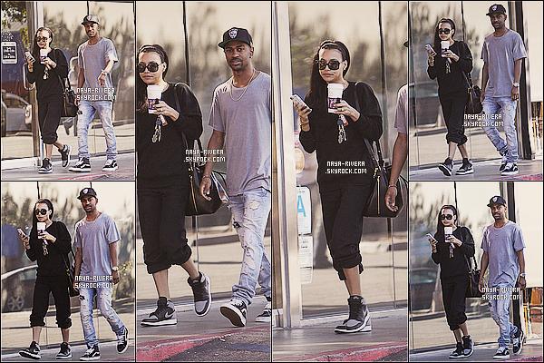 * 28/12/13 : Naya  a été aperçu en compagnie     Big Sean  allez se chercher des cafés dans les rues de  Los Angeles. *