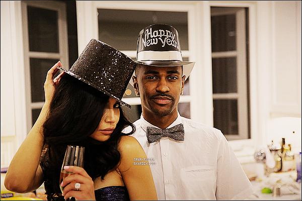 * 01/01/14 : Naya  avec son compagnion    Big Sean  ont fêtés la nouvelle année  avec des amis  a  Los Angeles. *