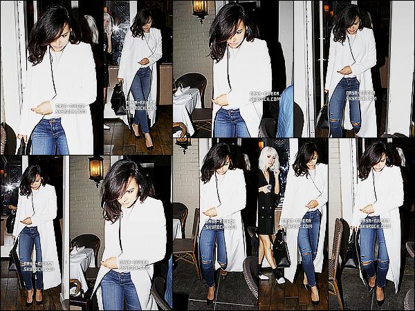 * 27/03/15 :. Naya  a été aperçu avec Taylor lorsqu'elles quittaient un     restaurant qui est   situé à Beverly Hills.   Un  manteau blanc et un jean troué c'est ce que nous propose    Naya mais j'aime  quand même, même si nous sommes habitués a  mieux  ! *