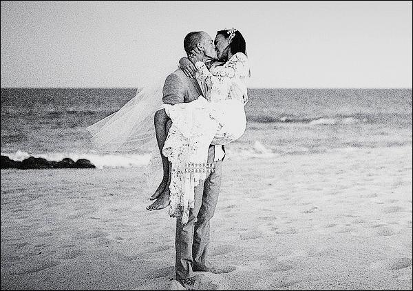 """• NOUVELLE CHOC : NAYA EST A PRESENT MARIEE A RYAN DORSEY !  Naya Rivera plane sur son petit nuage... Et pour cause : la star de Glee est désormais une femme mariée ! Trois mois après sa rupture avec Big Sean (le rappeur avait rompu leurs fiançailles en avril dernier après 1 an de relation) , l'actrice de 27 ans a en effet dit """"oui"""" à Ryan Dorsey, un acteur originaire de Charlestown. Selon les informations rapportées ce mercredi 23 juillet par People , les tourtereaux se seraient unis à l'occasion d'une cérémonie ultra-secrète et très intime organisée à Cabo San Lucas (Mexique) le 19 juillet. Apprêtée d'une magnifique robe de la maison Monique Lhuillier, l'interprète de Santana Lopez aurait réuni seulement quelques proches ainsi que sa famille pour partager le plus beau moment de sa vie. """"Nous nous sentons vraiment bénis d'être mari et femme. Ce jour si spécial dans nos vies était écrit"""", ont confié les jeunes mariés au magazine. Rencontrés il y a 4 ans au Conservatoire d'art dramatique de New York, Naya et Ryan auraient commencé à se fréquenter plus intimement quelques jours seulement après que la chanteuse a mis un terme avec sa romance avec Big Sean. Public.fr"""