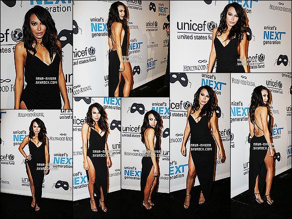 * 30/10/14 : Naya  était présente   lors de la cérémonie pour  UNICEF  Black & White Masquerade Ball   dans   NY.  Je trouve la tenue de   Naya absolument magnifique, c'est une très belle robe fendu et assez sexy tout de même mais j'aime quand même ! *