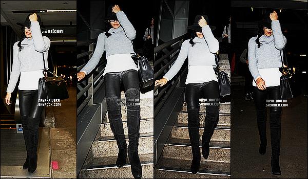 * 30/11/14 :* Naya  a été aperçue en compagnie de Ryan Dorsey à l'aéroport   LAX     qui est situé dans   Los Angeles.    Naya ne semble pas d'humeur a devoir supporter les papazazzi et ce cache d'eux derrière son  chapeau. En même temps on  comprends ! *