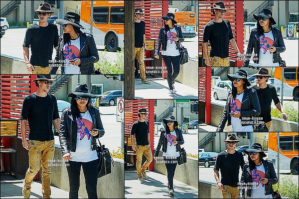 * 15/04/15 :. Naya  a été aperçu en compagnie de R. a la sortie du restaurant     Yakuza Sushi    situé à Los Angeles.   J'aime bien la tenue de  Naya elle nous change du noir continuel auquel elle nous habitue. C'est un  TOP pour cette tenue quand même ! *