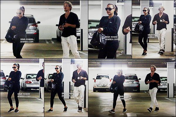* 10/06/15 : Naya  a été aperçu en compagnie de Ryan après un rendez-vous chez le   medecin dans Los Angeles.     Naya a choisit de porter une tenue   noire pour ce rendre chez son medecin. On dirait une tenue de sport, elle fait soft pour cette sortie   ! *