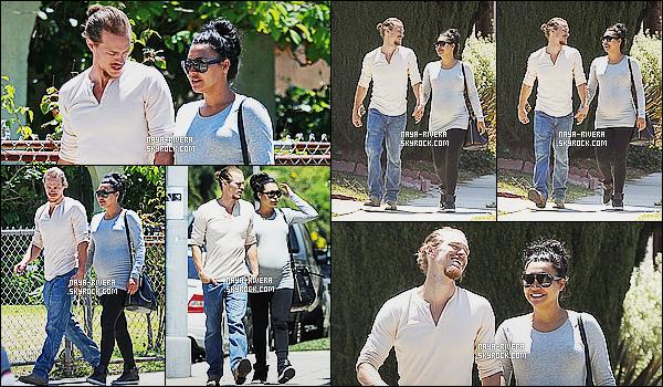 * 10/07/15 : Naya  a été aperçu en compagnie de Ryan D. entrain de faire un peu de   shopping dans Los Angeles.     Finis les anciennes tenues de  Naya depuis sa grossesse au profit des tenues de sports. Je n'aime pas plus que ça mais c'est pas trop mal   ! *