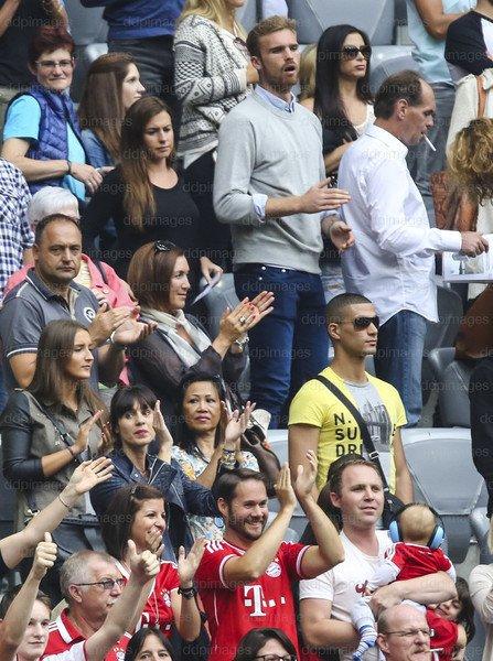 Jan Kirchoff + Jérôme Boateng - Photos : Jan & Svenja + Katy pendant le match(24.08.2013)