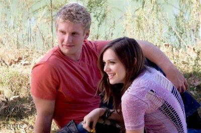 Nouvelle photo de Caitlin et de Tyler son petit-ami, elle a l'air heureuse.