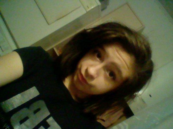moi avec les cheveux crèpés