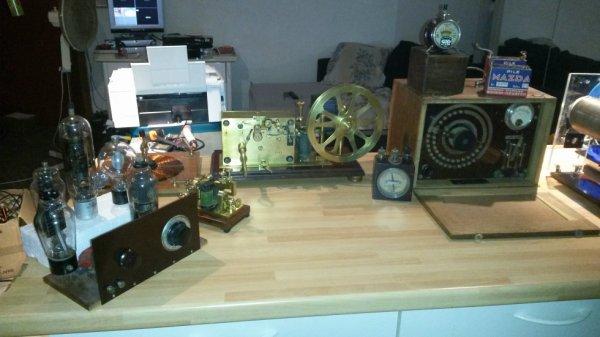 petite partie de ma collection tsf télégraphe galène ......