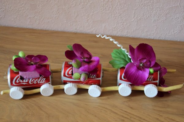un mini train table enfants
