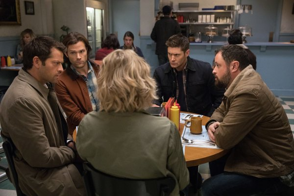 Episode 12x12 : Stuck in the Middle (With You)