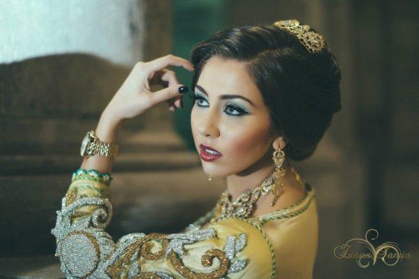 ziana belgique, ziana samia, Negima., caftan mariée, Make,Up, Chignon  mariage, MAROC, makeup artist, Hairstyles, makeup mac