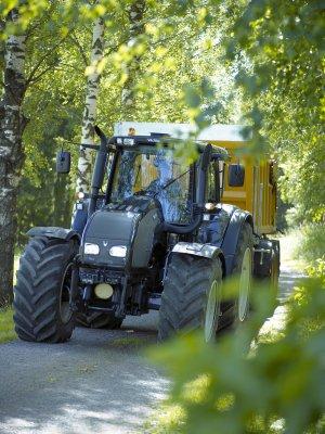 tractors32