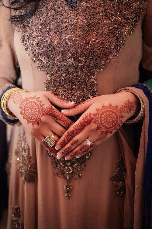 « La femme qui continue à t'aimer alors que tu l'as blessé est une femme que tu devrais épouser » [ Abu Rayan ]