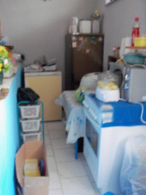 voici mon nouveau logement ma petite cuisine a cote c'est ma douche et mon wc et j'ai une petite cave