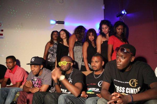 Backstage Du Clip Comoriano