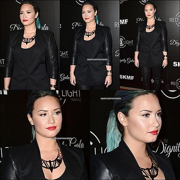 18/10/2013 : Demi était au Dignity Gala. Elle était vraiment sublime! *-* Avis?