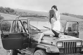 »  Je t'aime est une phrase si naturelle que devant toi elle est éternelle .. ♥ #.