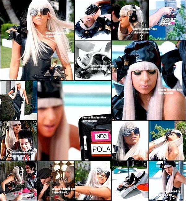 . PHOTOS-Découvrez des photos inédites prises sur le tournage du clip Pokerface, en 2008. .