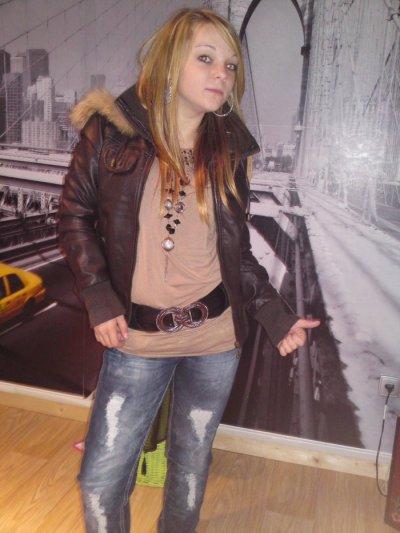 (l) Ma Blondasse (l)
