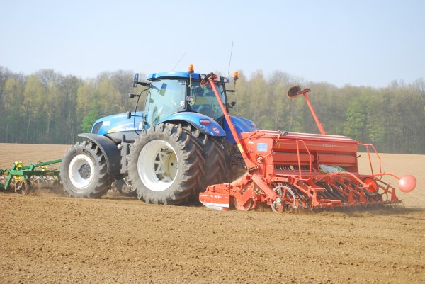 plantation New Holland T 7040