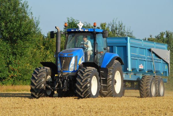 New holland CX 840