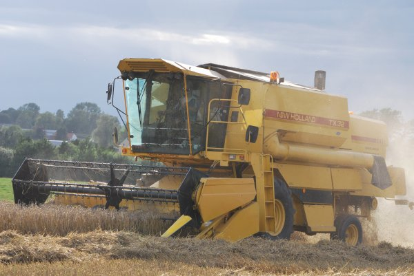 New holland TX 32;TX 64;8080;CX8060