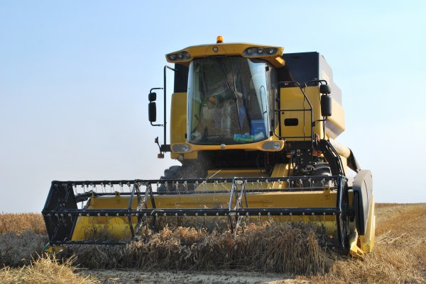 New Holland CS 6050