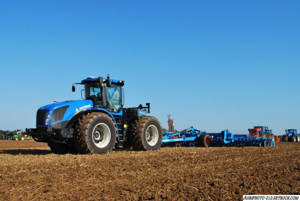 New Holland T9 560 Et Lemken Gigan 10