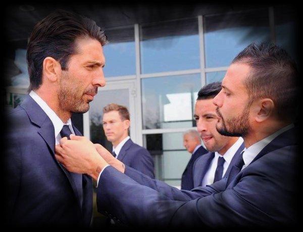 Buffon le meilleur gardien du monde au 21 siècle <3 <3