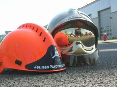 ~> Jeunes Sapeurs Pompiers // Sapeurs Pompiers <~
