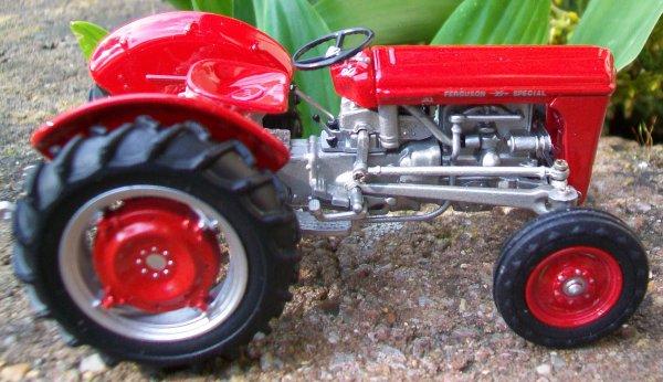 FERGUSON 35 Spécial 1958