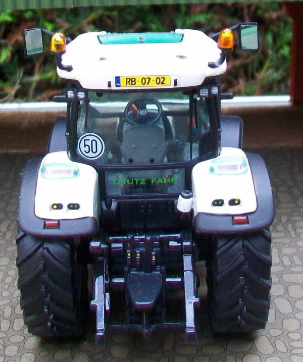 DEUTZ Agrotron K 100 White    521/1000