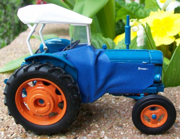 FORDSON Power Major cabine sirocco 671 sur 1000