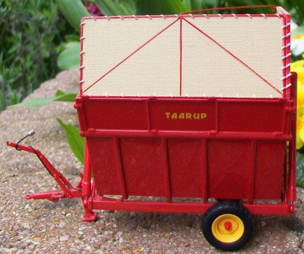 TARRUP TIPVOGN T3