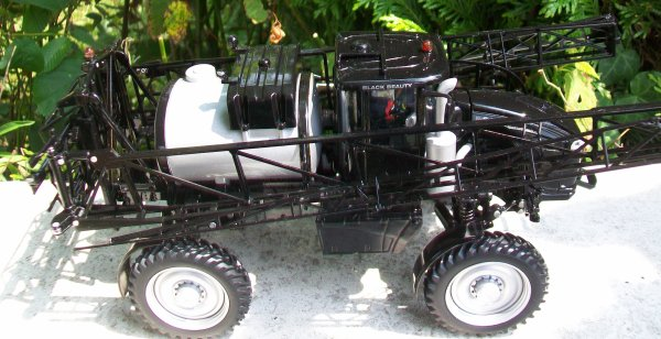 CHALLENGER Rogator RG 13000 BLACK