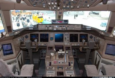 le plus beau bureau du monde aircrafts of the world. Black Bedroom Furniture Sets. Home Design Ideas