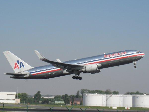 Boeing 767-323 American Airlines