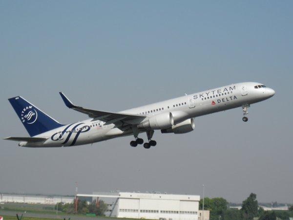 Boeing 757-231 Delta Airlines (Livrée SkyTeam)