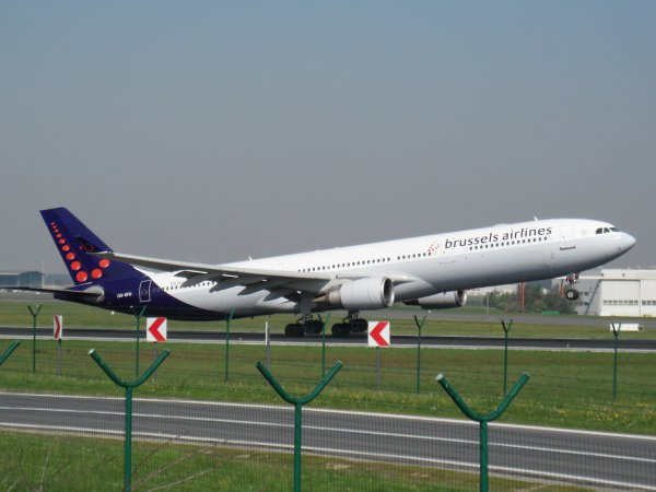 Airbus A330-301 Brussels Airlines