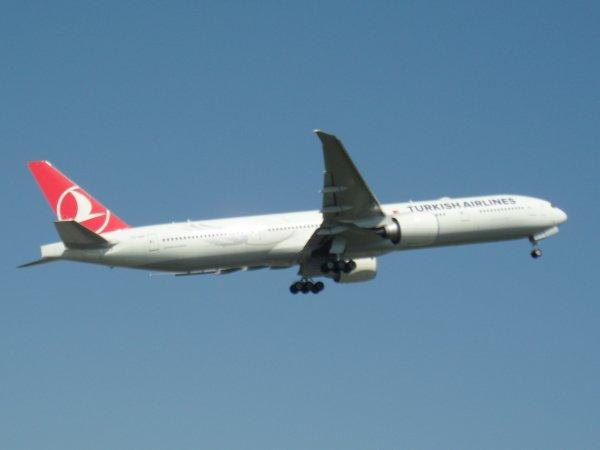 Boeing 777-3F2(ER) Turkish Airlines