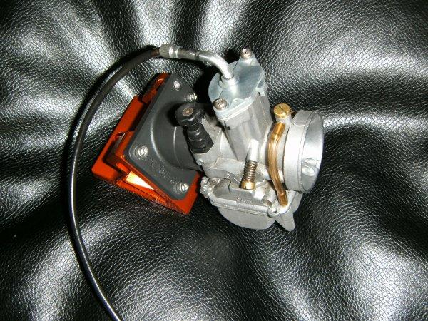 Suite ...  selle maison, cable d'accel, et cale stage 6  ^^