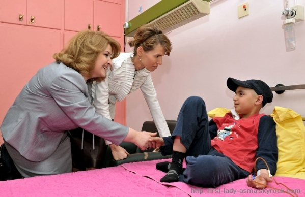 first lady asma al-Assad, Mrs. Sargsyan Visit Cancer Unit ...