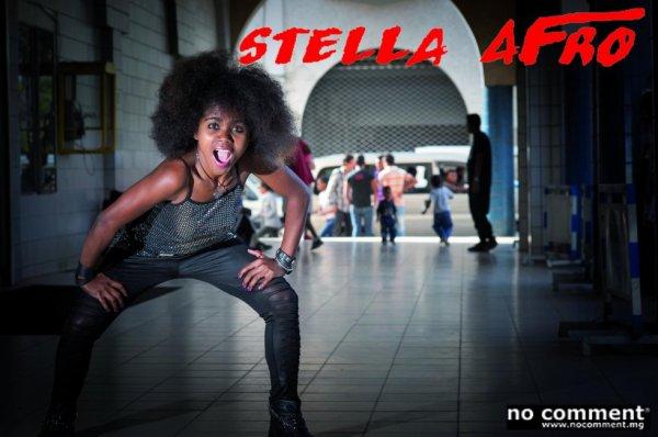 """STELLA AFRO EN VEDETTE SUR """"NO COMMENT""""  magazine malgache"""
