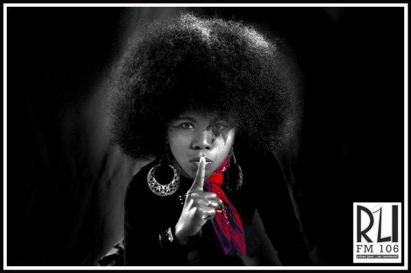 STELLA AFRO chantera à Alliance française d'Antananarivo samedi 20 juin à partir de 13h et présentera ses nouveaux morceaux pur rock!! et ce sera gratuit!!