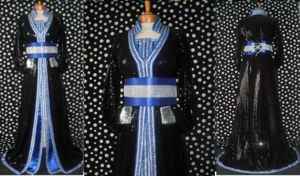tres belle takchita noire et bleu roi